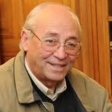 ALVAREZ Y DAHIR PIDIERON EN LA PLATA LA CULMINACION DE LA OBRA DE CLOACAS