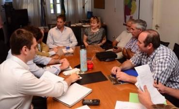 ESTELA ACOSTA Y JORGE GARCIA SE REUNIERON CON AUTORIDADES DEL INSTITUTO DE LA VIVIENDA