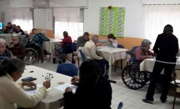 SE FESTEJAN LOS CUMPLEAÑOS DEL MES DE JUNIO EN EL ASILO MUNICIPAL