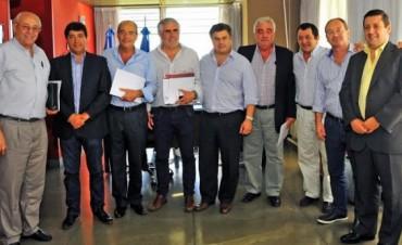 INTENDENTES DEL GRUPO DE LOS 8 SE REUNEN ESTE VIERNES EN TRES LOMAS