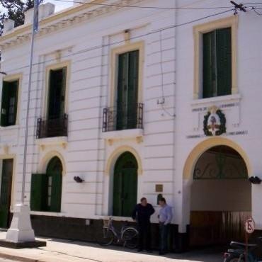 INTEGRANTES DE LA SOCIEDAD RURAL SE REUNIERON CON LA PATRULLA POLICIAL