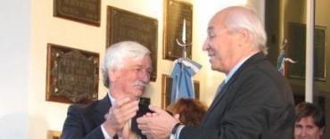 ROBERTO ALVAREZ PIDIO LICENCIA. ASUMIRIA JORGE CARRERA COMO INTENDENTE INTERINO.