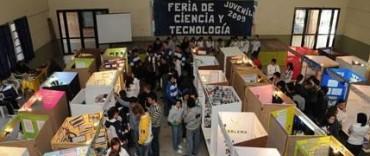 SE REALIZA LA FERIA DE CIENCIA Y TECNOLOGIA