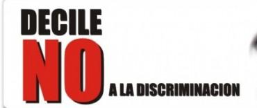 NO Discriminación  - EXPONEN TRABAJOS EN EL HALL MUNICIPAL