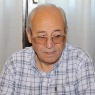 ROBERTO ALVAREZ ACUSO A LA CIRUJANA DE FALTAR MUCHO Y QUERER COBRAR UN DINERO QUE NO ESTABA EN EL CONTRATO