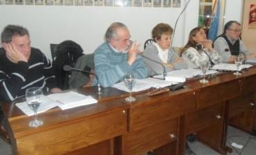 LA OPOSICION SE REUNIO CON LOS SECRETARIOS DE ALVAREZ. CONCEJALES DE 1º TRES LOMAS PIDIERON LA REINCORPORACION DE CUATRO TRABAJADORES MUNICIPALES.