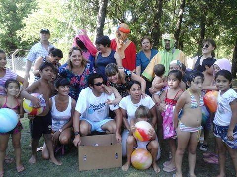 MEDICOS COMUNITARIOS Y EL AREA DE LA JUVENTUD ESTUVIERON CON LOS REYES MAGOS EN THOMPSON