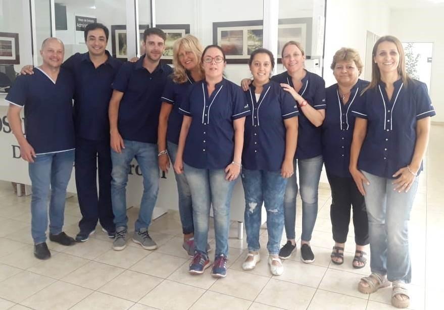 ENTREGARON UNIFORMES A PERSONAL ADMINISTRATIVO DEL HOSPITAL