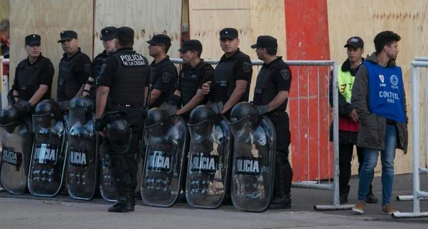 RIGE EL AUMENTO DE HASTA 49 % DE LAS HORAS EXTRAS DE LA POLICIA