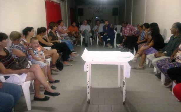 ÁLVAREZ SE REUNIÓ CON VECINOS DE 'LA TRANQUILIDAD'