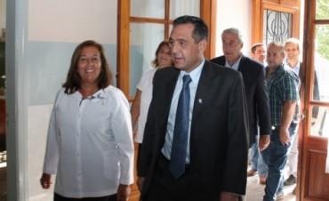 EL DIRECTOR DE EDUCACION BONAERENSE INAUGURO EL CICLO LECTIVO EN SALLIQUELO