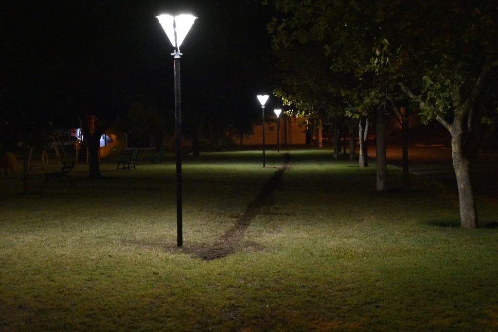 LUMINARIAS LED EN LA PLAZA LUCERO DEL BARRIO 29