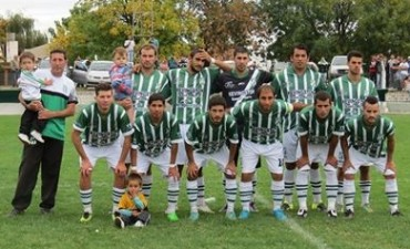 NEWBERY UNICO LIDER. UNION LO SIGUE DE CERCA.