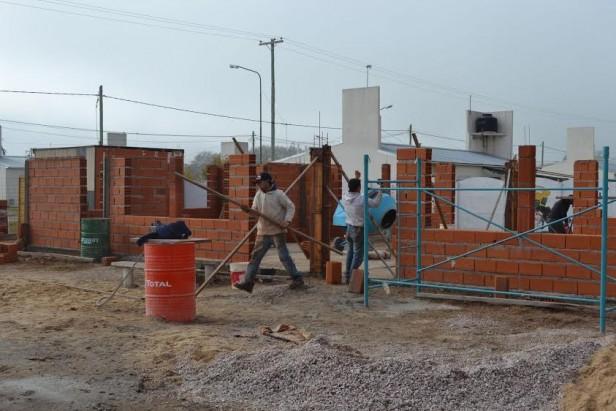 SE CONSTRUYE EL CENTRO COMUNITARIO EN EL BARRIO FEDERAL
