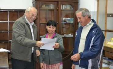 ENTREGAN IMPORTANTE SUBSIDIO AL CLUB PEDRO MARIA MORENO
