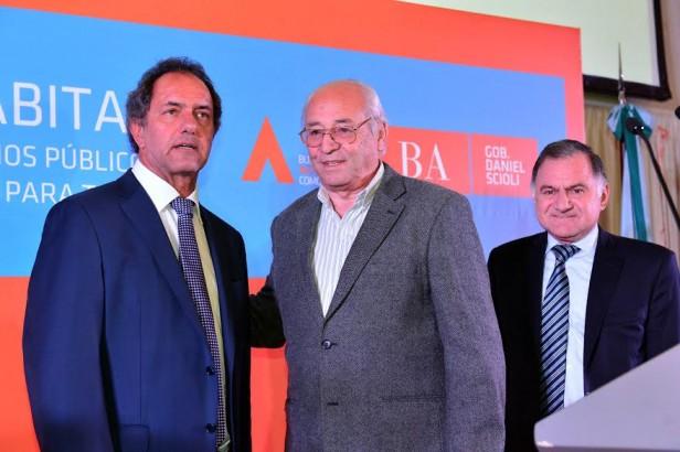 SCIOLI FIRMÓ CONVENIOS CON MAS DE 50 INTENDENTES PARA OBRAS DE INFRAESTRUCTURA SOCIAL