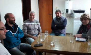 DIRIGENTES DE LA CAMARA Y CONCEJALES ANALIZAN COMPETENCIA DESLEAL CON COMERCIOS HABILITADOS