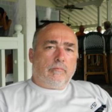 EL JUEZ CUÑADO DICTO UNA CAUTELAR PROHIBIENDO A EDEN S. A. LA SUSPENSION DEL SERVICIO DE ELECTRICIDAD AL FRIGORIFICO LOCAL