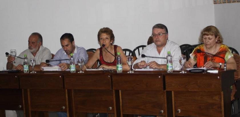 CAMBIEMOS TRES LOMAS DENUNCIA 'DESVIOS QUE VAN EN BENEFICIO DE GRUPOS FAMILIARES' DE LOS GOBERNANTES