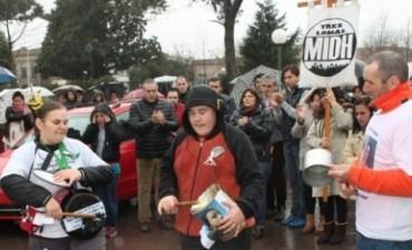 MARCHA PIDIENDO JUSTICIA A UN AÑO DEL ASESINATO DE VERONICA