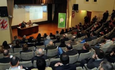 BARREIRO PARTICIPO EN JORNADA SOBRE SISTEMAS PRODUCTIVOS