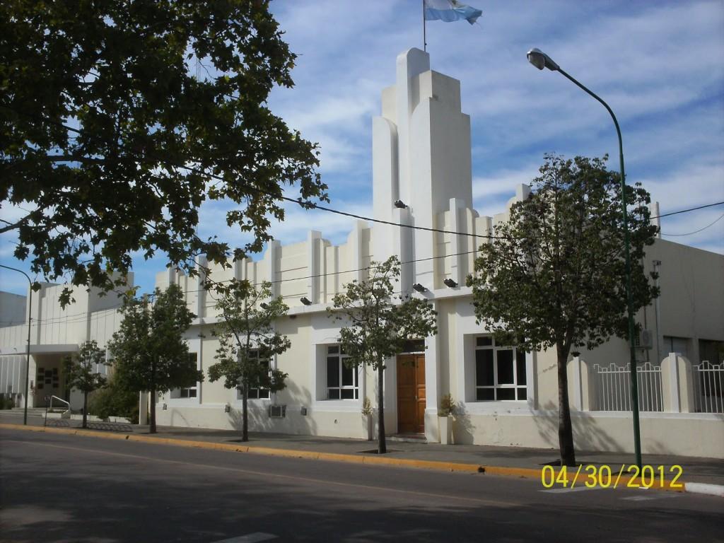 LOS EMPLEADOS MUNICIPALES YA CUENTAN CON EL SUELDO Y EL MEDIO AGUINALDO DEPOSITADOS