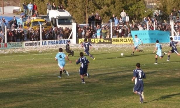 LOS TECNICOS DE UNION Y ARGENTINO ADELANTARON EL CLASICO EN FM AMANECER