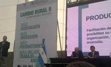 SERGIO CAZZULO SE MOSTRO ENTUSIASMADO CON EL PROYECTO DE CREAR UNA FABRICA LACTEA