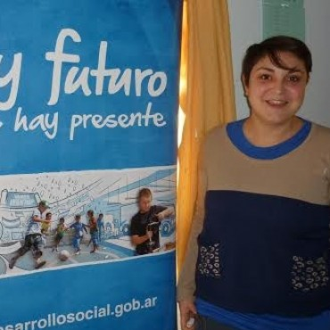 BAJAN ASISTENCIA DIRECTA A FAMILIAS Y PROGRAMAS DEL MINISTERIO DE DESARROLLO SOCIAL