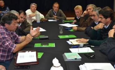 CARLOS DREESSEN PARTICIPO DE REUNION ORGANIZADA POR EL MINISTERIO DE AGROINDUSTRIA