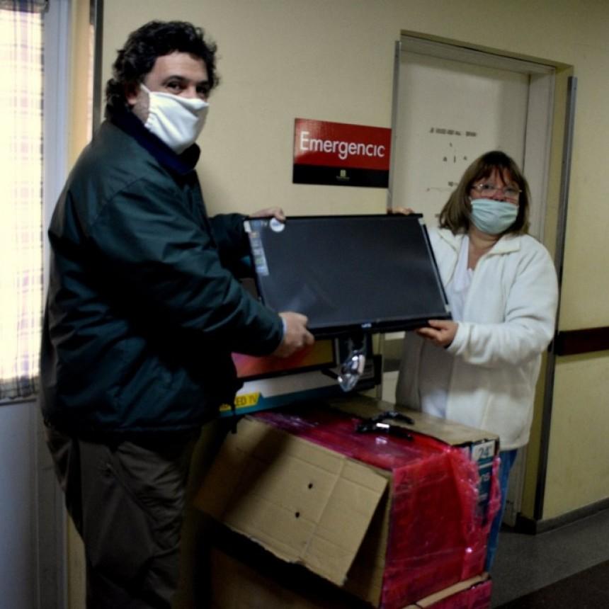 LA FUNDACION GESTOS APORTO 10 TELEVISORES PARA LAS HABITACIONES DE INTERNACION DEL HOSPITAL FRANCISCO EGUIGUREN