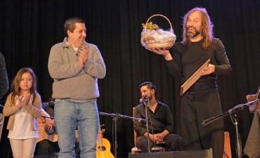 EMOCIONANTE VELADA MUSICAL CON EL CHANGO SPASIUK