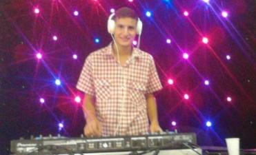 FESTEJOS POR EL DIA DE LA PRIMAVERA. ACTUARAN 'TACHAME LA DOBLE' Y 'DJ LUVI'