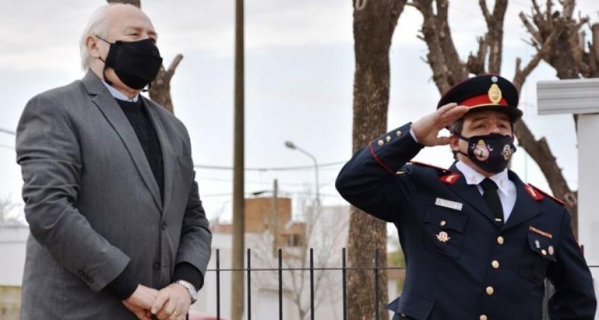 BOMBEROS VOLUNTARIOS DE TRES LOMAS CELEBRÓ SUS 50 AÑOS