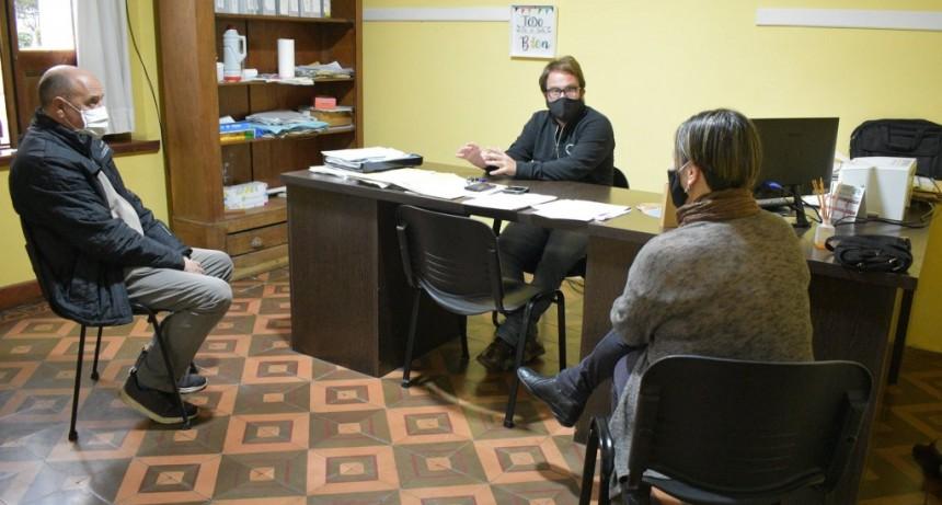 MIGUEL MULAN DIRECTOR DEL ENTE DESCENTRALIZADO, RECIBIÓ A LA NUEVA MEDICA PEDIATRA QUE SE RADICO EN LA CIUDAD