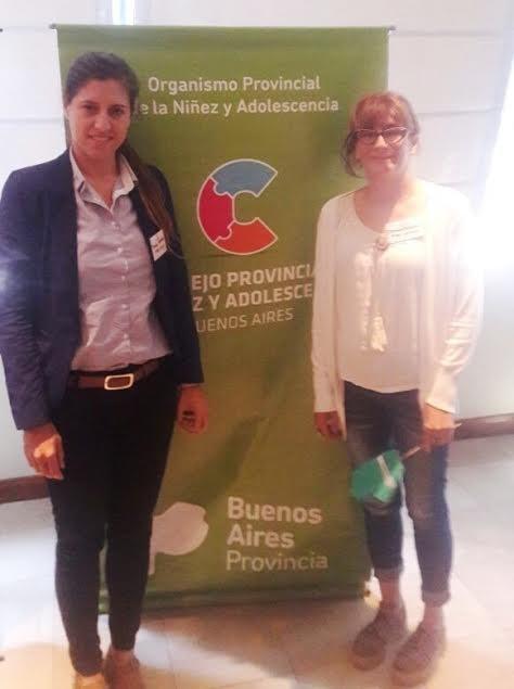 FUNCIONARIAS MUNICIPALES EN CONGRESO PROVINCIAL DE NIÑEZ Y ADOLESCENCIA