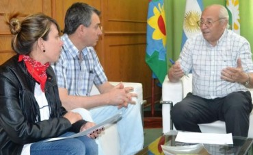 ROBERTO ALVAREZ ENTREGO UN SUBSIDIO A ATLETICO ARGENTINO