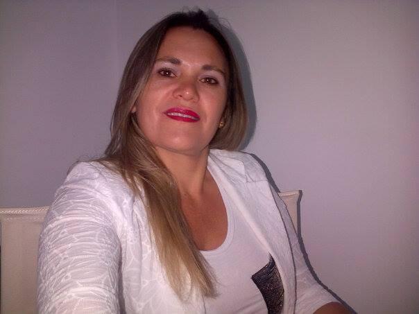 PATRICIA CASTRO:
