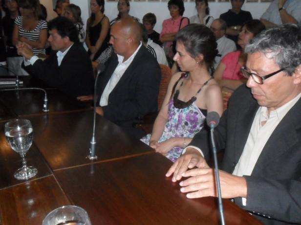 LA UNION VECINAL RENOVO SUS AUTORIDADES. ROBERTO TOURON ES EL NUEVO PRESIDENTE.