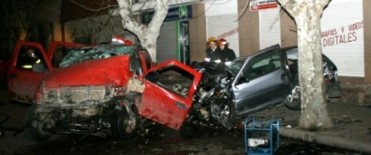 ACCIDENTE ENTRE DOS VEHICULOS
