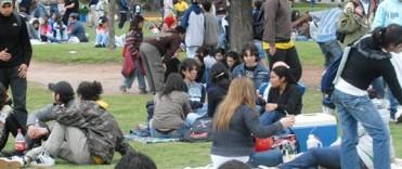 CHICOS Y JOVENES RECIBIERON LA PRIMAVERA