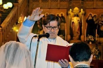 Padre CARLOS ARIVE -