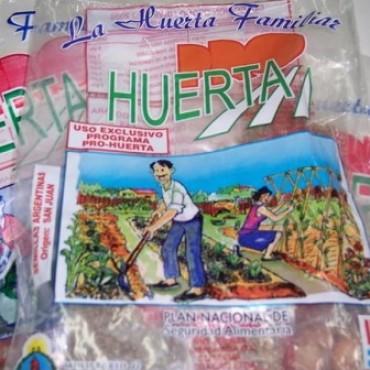 ENTREGARON SEMILLAS DEL 'PRO HUERTA'