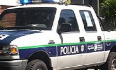 VARIOS ALLANAMIENTOS EN LA MADRUGADA. EL INTENDENTE Y EL COMISARIO BRINDAN UNA CONFERENCIA.