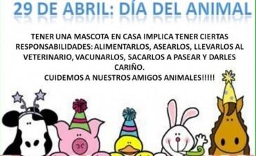 DESFILE DE MASCOTAS PARA CELEBRAR EL 'DIA DEL ANIMAL'