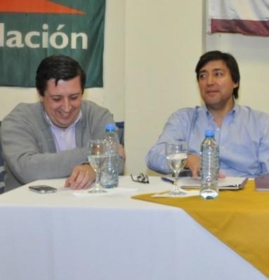 ALVAREZ Y ACERBO ENTREGARON SUBSIDIO AL JARDIN 903
