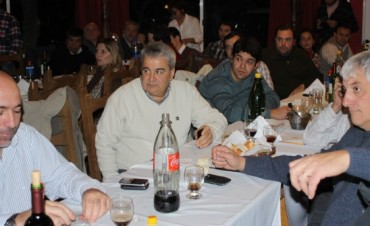 NESTOR ALVAREZ AGASAJO A LOS PERIODISTAS DE LA REGION