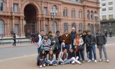 ALUMNOS DE 5º Y 6º AÑO DEL CEPT VISITARON BUENOS AIRES