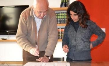 VIVIENDAS SOCIALES - FIRMARON CERTIFICADOS DE ADJUDICACION
