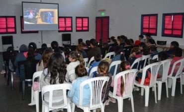 CLINICAS DEPORTIVAS Y CINE INFANTIL EN LA PRIMERA SEMANA DE VACACIONES